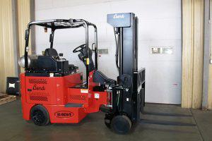 Narrow Aisle Articulating LP Gas Forklift