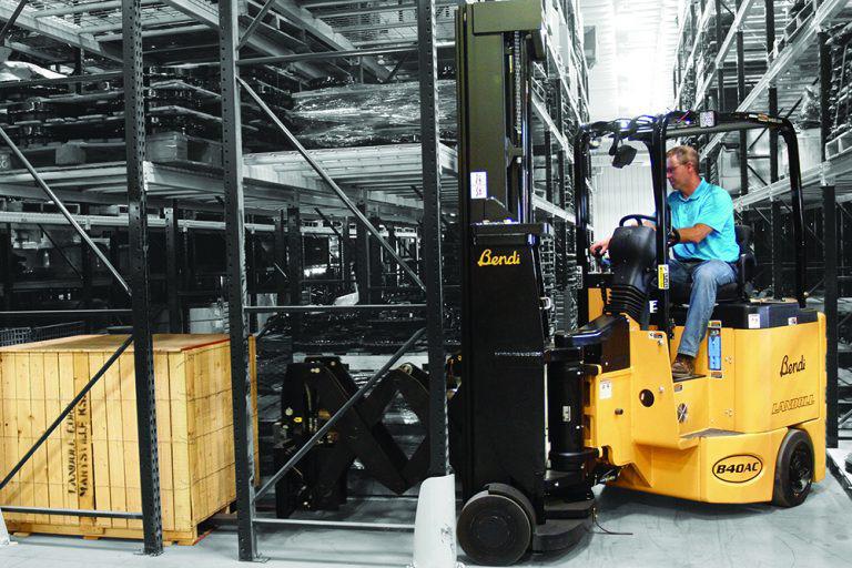 Electric Deep Reach Articulating Forklift