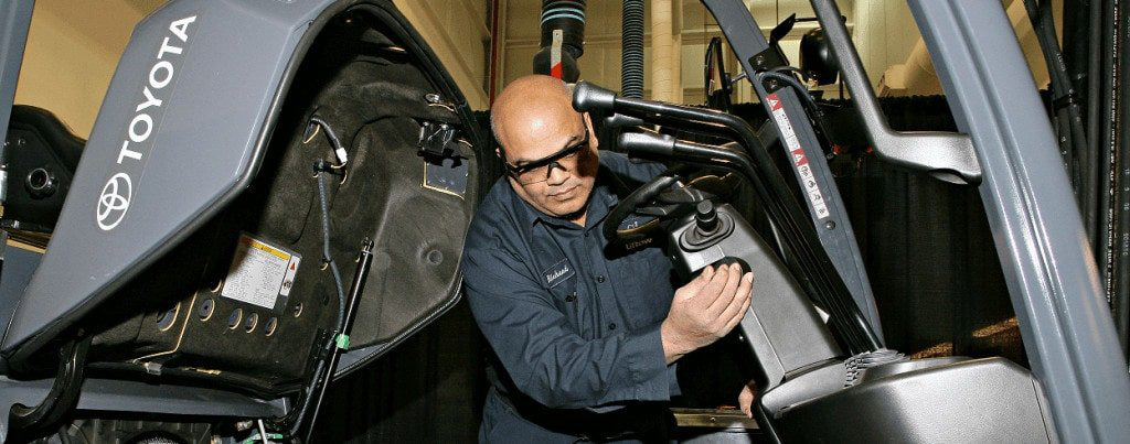 Forklift Inspections & Pre-Operation Checklists