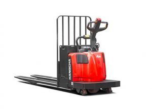 A Series End-Controlled Rider Pallet Jack